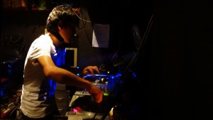 ストリート ダンス クラブ 新宿 DJ